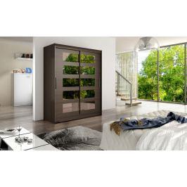 Skříň s posuvnými dveřmi v tmavě hnědé barvě s malými zrcadly F1113